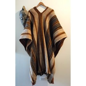 The Coolest Poncho Ever🙌🏽